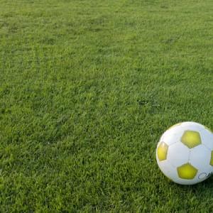 football-472040_640
